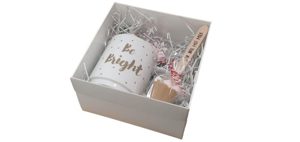 White Square Gift Hamper Box With Clear Lid - 155mm x 155mm x 90mm -  Pack of 10