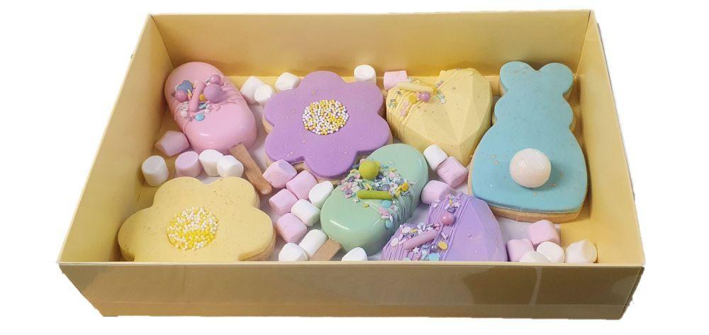 yelloe cookie box