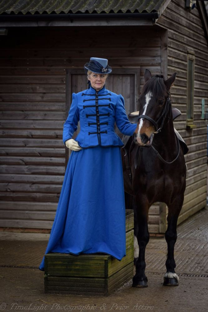 Victorian riding habit size 14/16