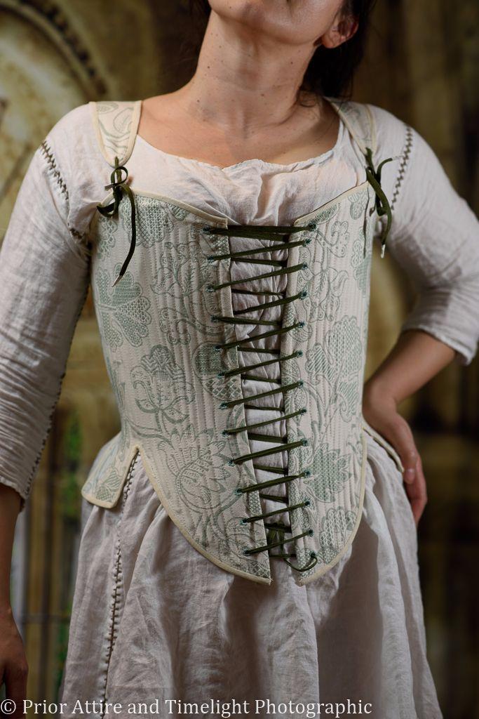 Elizabethan bodies size 12