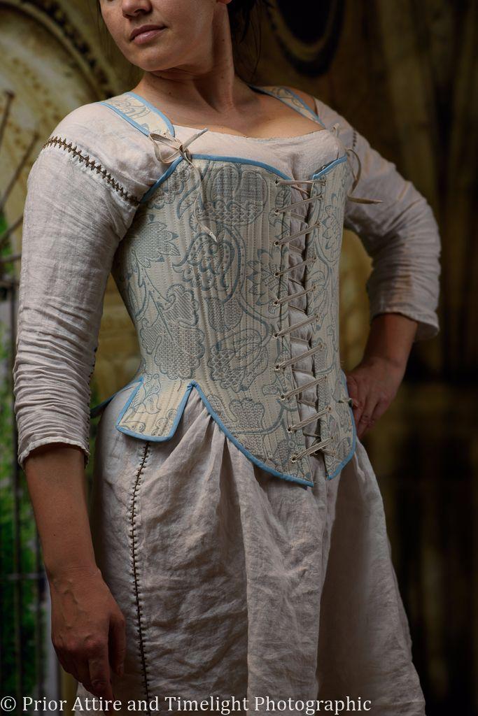 Elizabethan bodies size 14