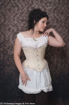 Making a Victorian Corset 26 - 27.08.2017