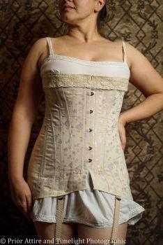 Edwardian/WWI corset size  size 12 - 14