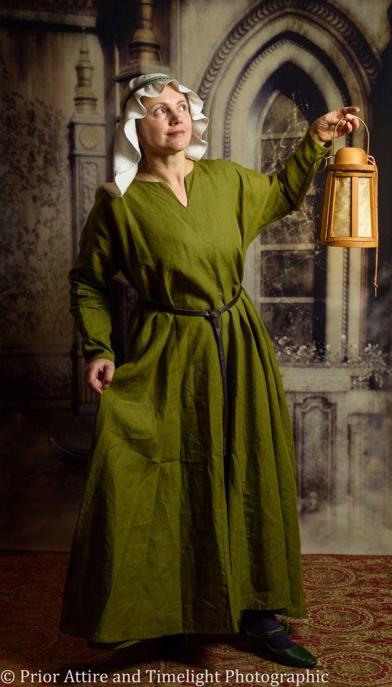 Medieval dress/kirtle in linen