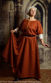 Medieval dress/kirtle size XXL