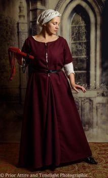 Medieval dress/kirtle size XL