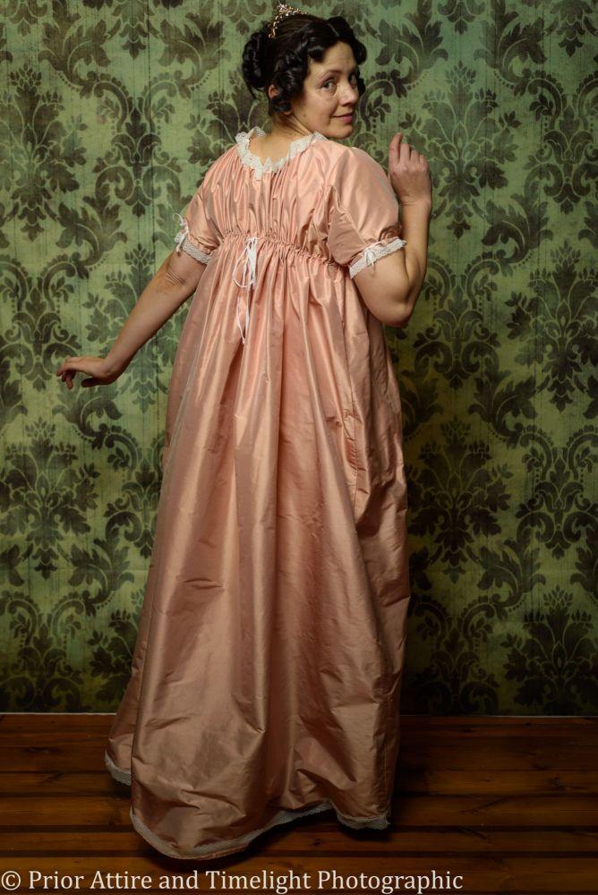Regency evening dress silk size 12-18