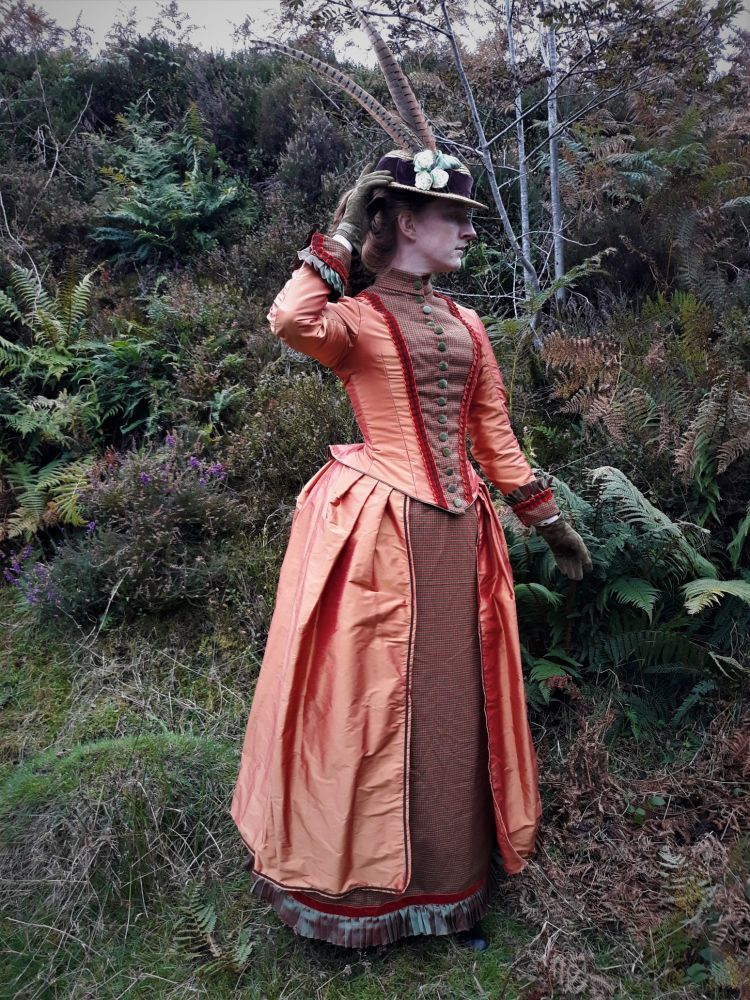 Victorian bustle day dress size 8-10