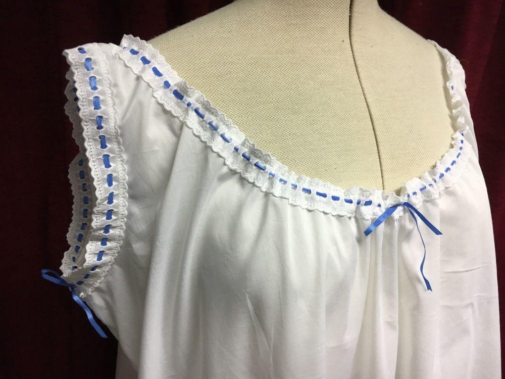 Victorian chemise size L