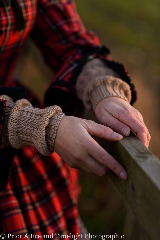 Victorian knitted sleeves pnarrow