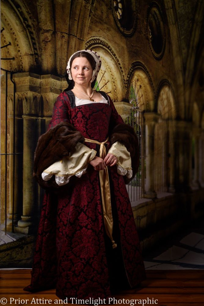 Tudor gown in silk brocade size 10 -12