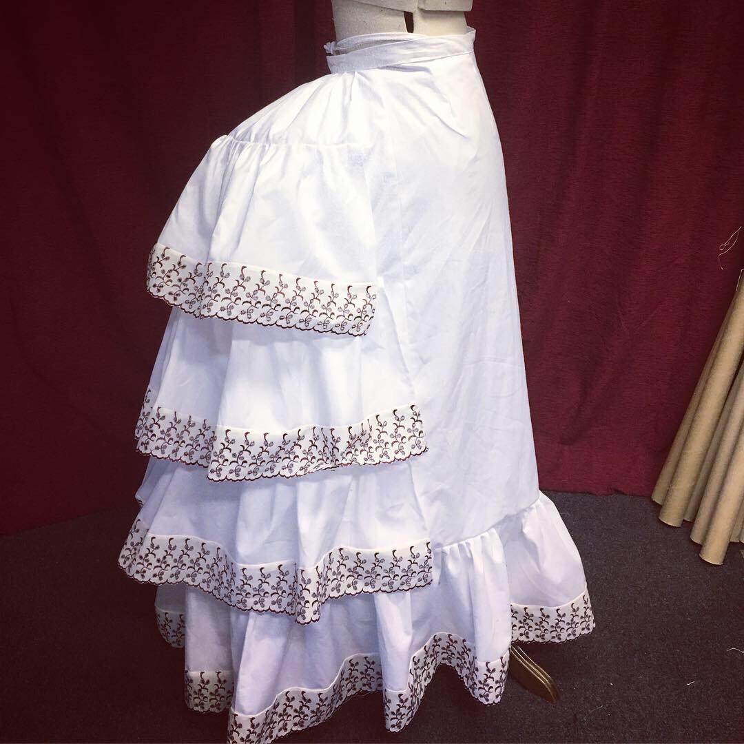Victorian flounced petticoat size 10-12