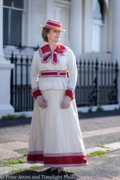 1890s seaside outfit