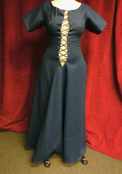 Medieval dress/kirtle size 10