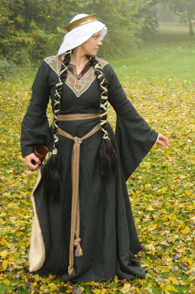 Medieval dress Bliaut 12-13th century, size M