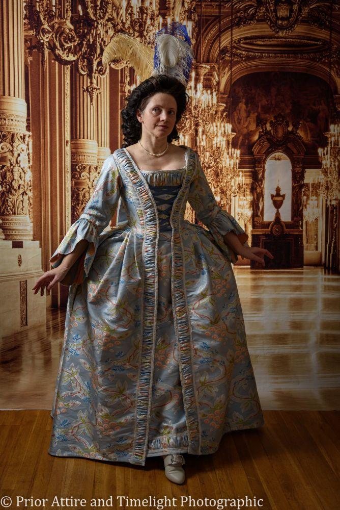 Robe a la francaise, size 12-14