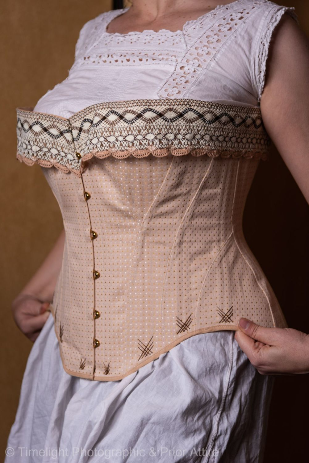 Late Victorian, early Edwardian corset  size 16-18