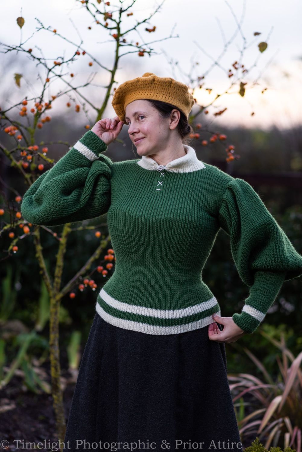 1890s  jumper size 12-16