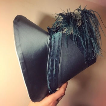 Bonnet  in silk