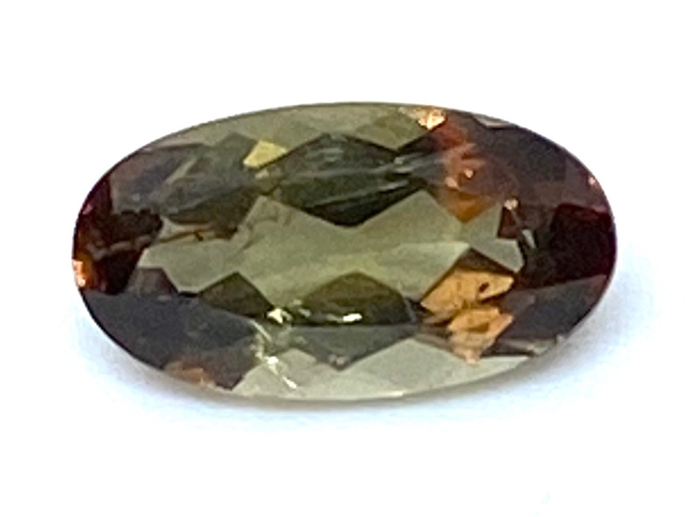 Andalucite Oval 1.25cts  9.5mm x 4mm   And005