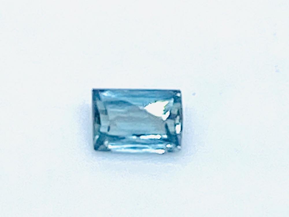 Alexandrite  0.24cts   4mm x 3mm   Ale003