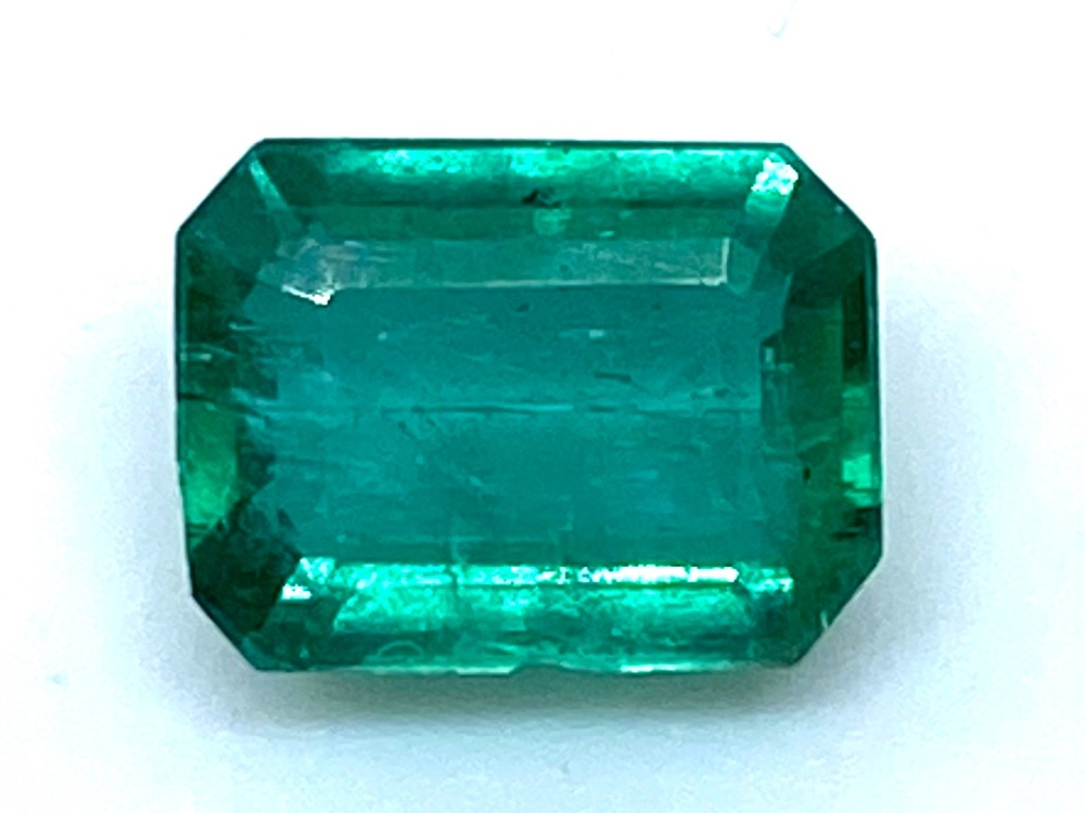 Emerald  Octagon 6.5mm x 5.2mm   1.06cts    Eme018
