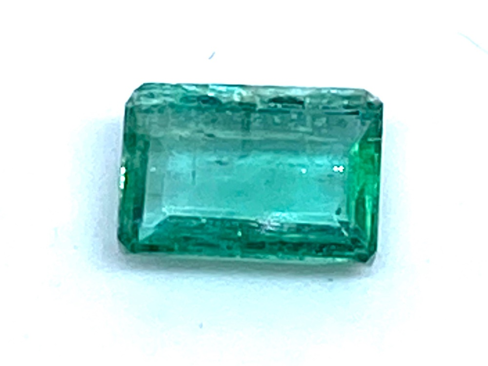 Emerald  Octagon 6mm x 4mm   0.63cts    Eme024