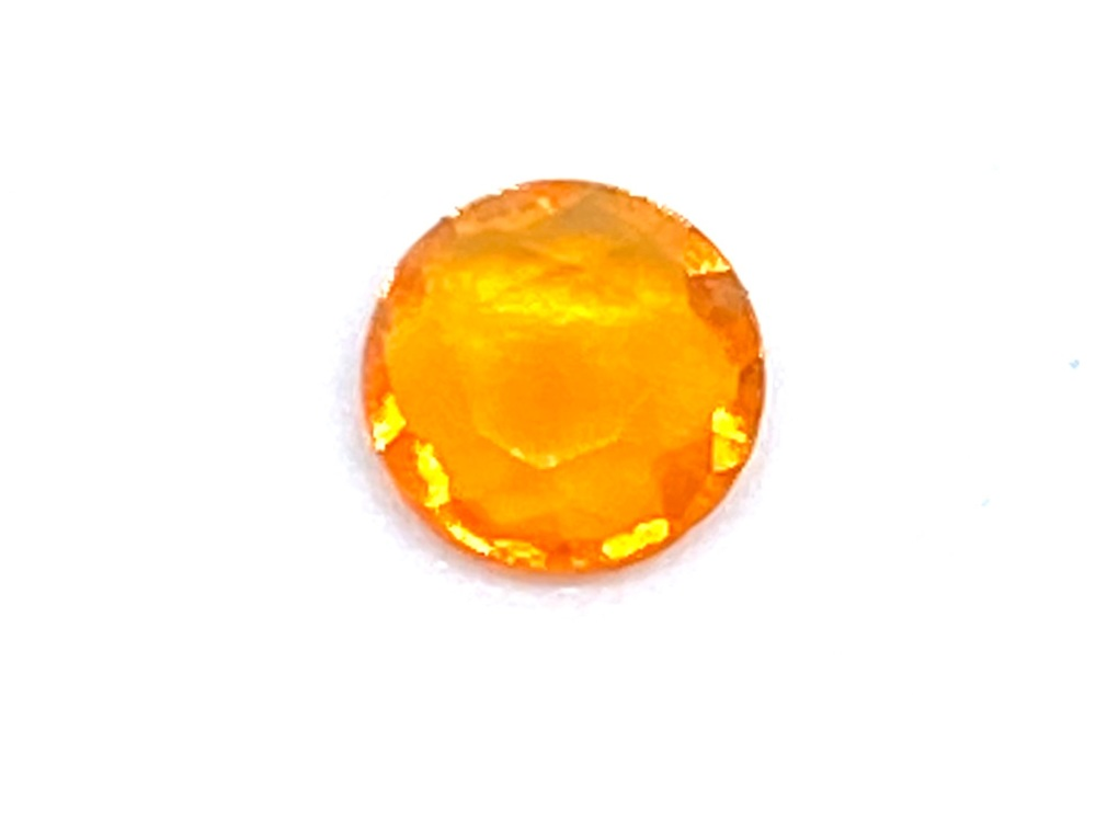 Fire Opal Round  0.13cts  4.5mm    Opa011