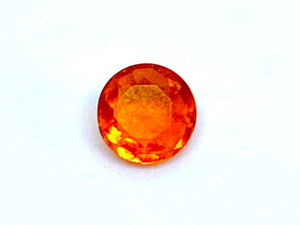 Fire Opal Round  0.19cts  4.5mm    Opa013