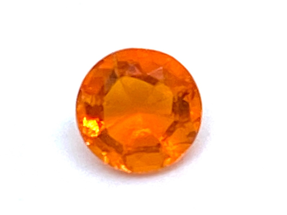 Fire Opal Round  0.43cts  5.6mm    Opa027