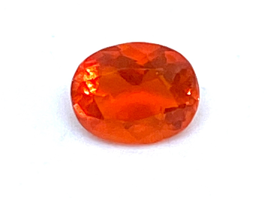 Fire Opal Oval   0.40cts  6.2mm x 5mm   Opa032