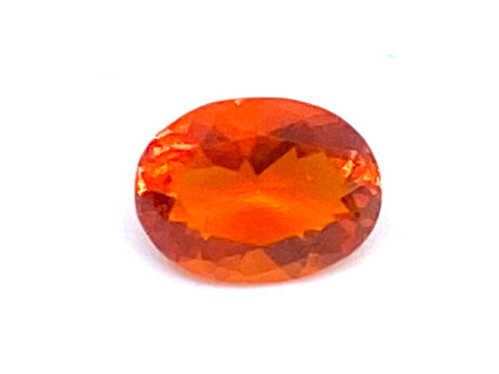 Fire Opal Oval   0.42cts  6.4mm x 5mm   Opa033
