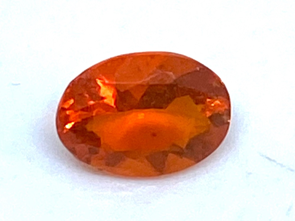 Fire Opal Oval   0.45cts  6.8mm x 5mm   Opa034