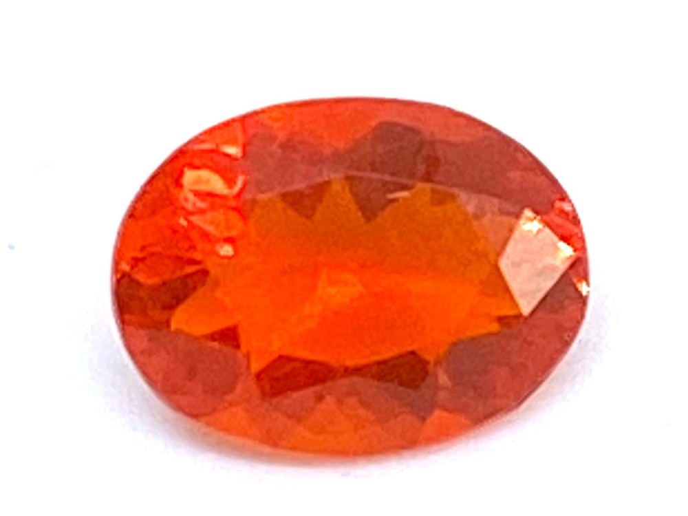 Fire Opal Oval   0.60cts  7.5mm x 5.7mm   Opa036