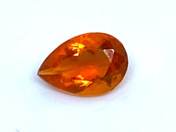 Fire Opal Drop   0.35cts  6.7mm x 4.5mm   Opa046