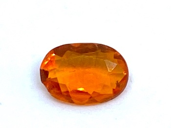 Fire Opal Oval   0.28cts  6.4mm x 4.4mm   Opa048