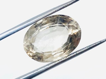 Natural Untreated Topaz 12.78cts    18.1mm x 13.4mm Top002
