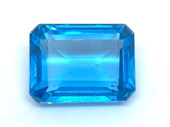 Blue Topaz 13.32cts    15.80mm x 11.5mm Top005