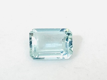 Aquamarine  Trap Cut  0.89cts   7.1mm x 5.3mm   Aqu020