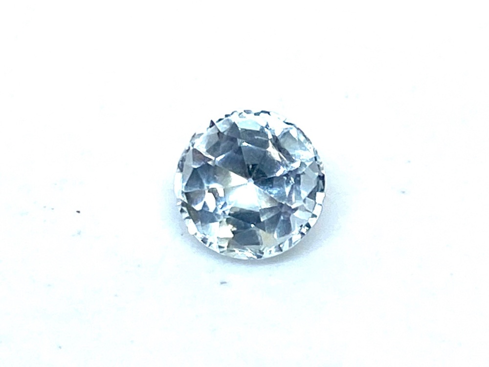 Aquamarine  Round    0.61cts   5.5mm   Aqu020