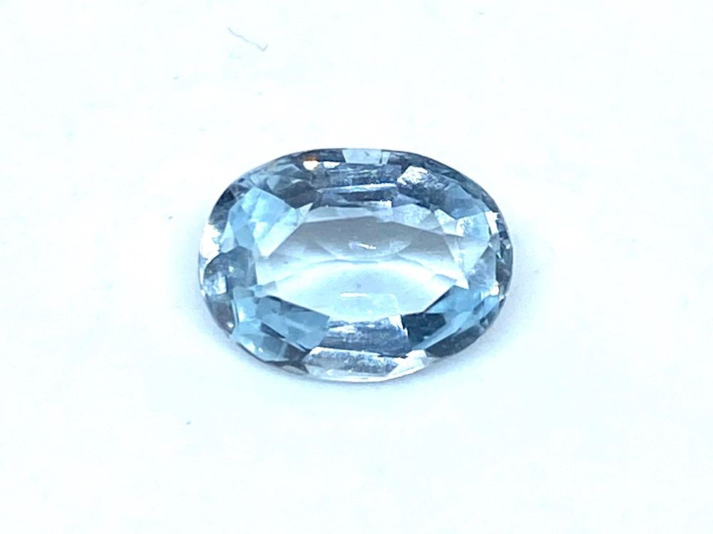 Aquamarine  Oval  1.29cts    9mm x 6mm   Aqu028