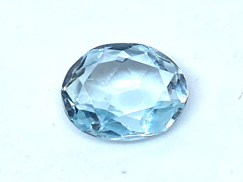 Aquamarine  Oval  1.12cts    8mm x 6mm   Aqu029