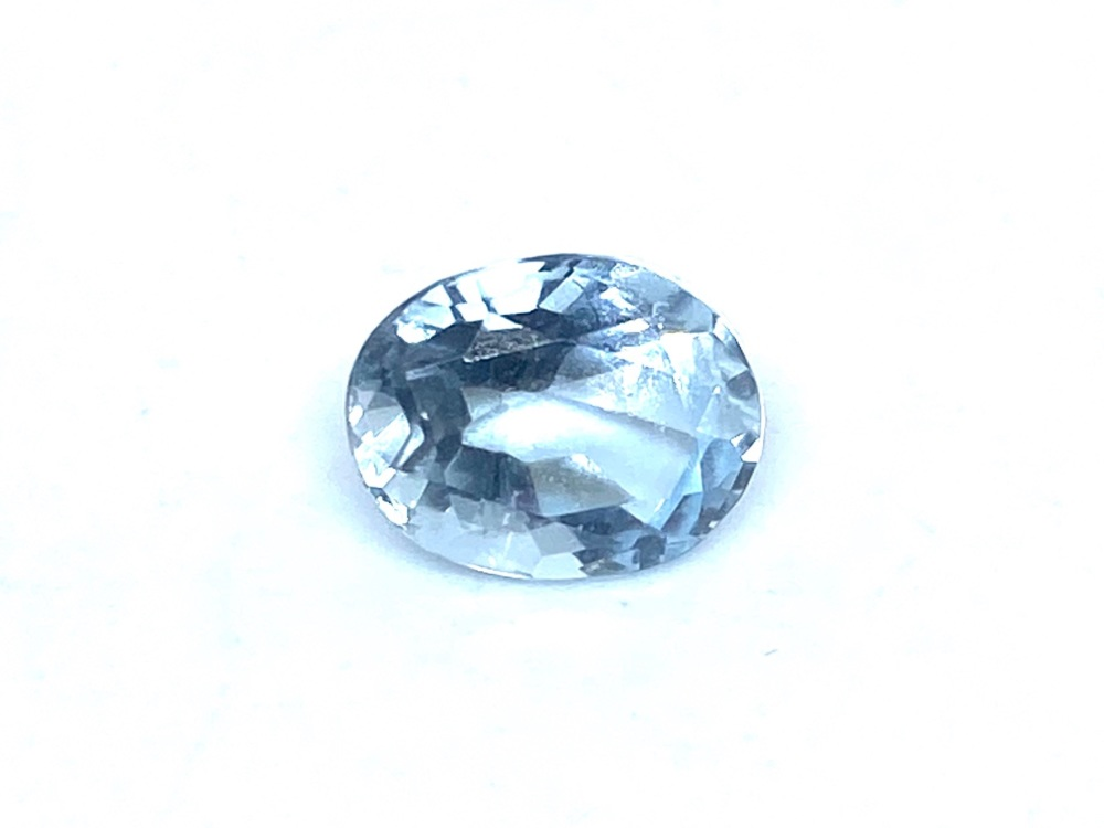 Aquamarine  Oval  0.97cts    7.5mm x 6mm   Aqu032