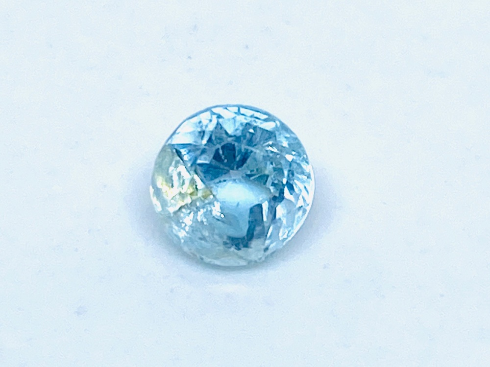 Aquamarine Round 6mm  0.72cts      Aqu044