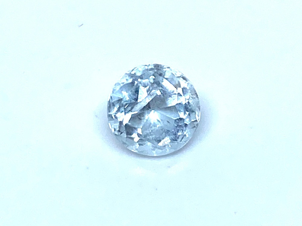 Aquamarine Round 5mm  0.40cts      Aqu046