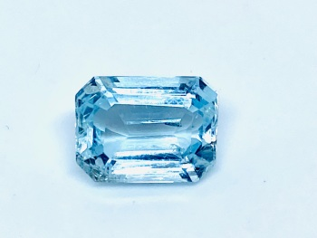 Aquamarine  Trap Cut  2.07cts   9mm x 7mm   Aqu049