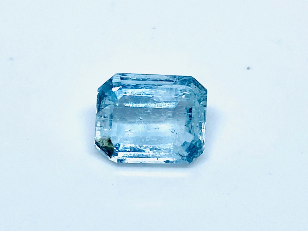 Aquamarine  Trap Cut  1.80cts   7.5mm x 7mm   Aqu051