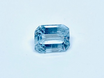 Aquamarine  Trap Cut  1.45cts   8mm x 6mm   Aqu054