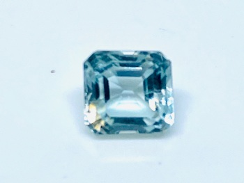 Aquamarine  Trap Cut  1.43cts   6mm x 6mm   Aqu055