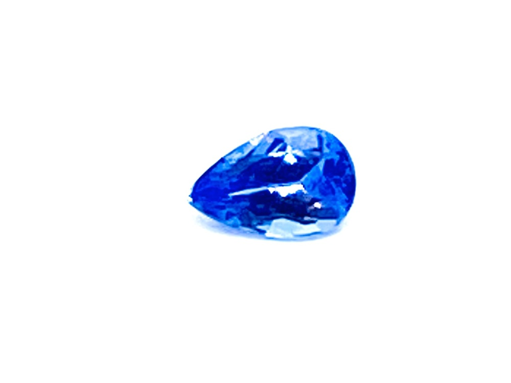 Tanzanite  Drop  0.40cts  6mm x 4mm   Tan015